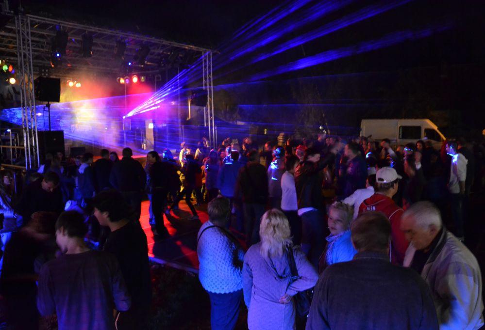 Disco nach der Feuershow beim Mühlenfest Dierkow * Toitenwinkel 2011